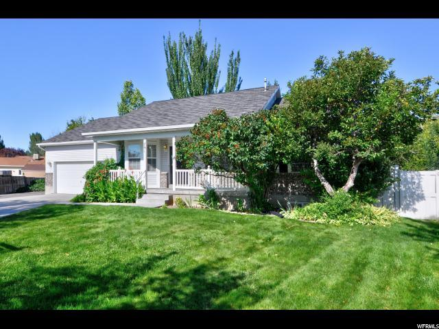 791 Country Club Dr, Stansbury Park, UT 84074 (#1554052) :: goBE Realty