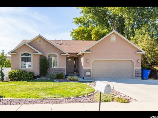 212 S 1100 W, Lehi, UT 84043 (#1557410) :: Colemere Realty Associates