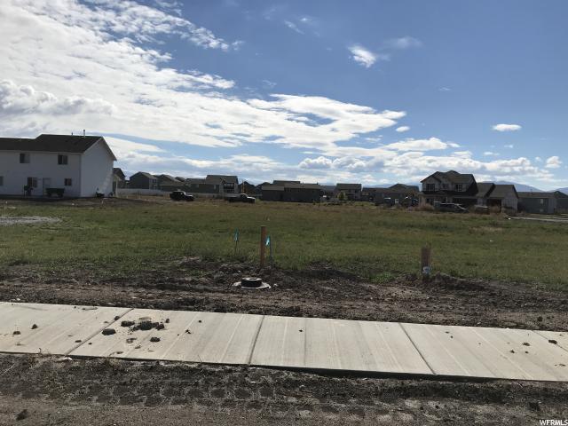 1030 W 2350 S, Nibley, UT 84321 (#1559799) :: Big Key Real Estate