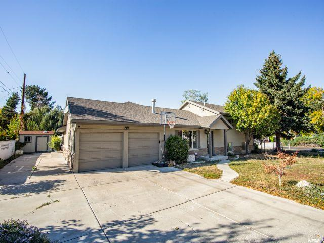 5202 S Gurene Dr, Holladay, UT 84117 (#1559997) :: RE/MAX Equity
