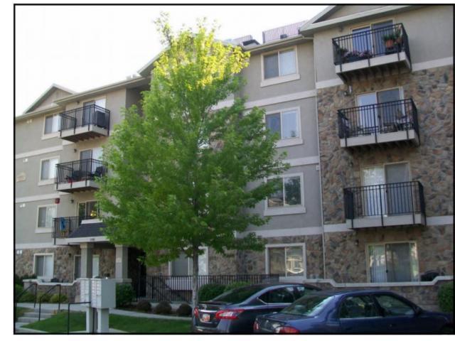 1195 E Privet Dr #208, Cottonwood Heights, UT 84121 (#1564905) :: Red Sign Team
