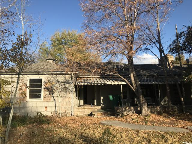 4721 S Meadow View Rd, Murray, UT 84107 (#1566034) :: goBE Realty