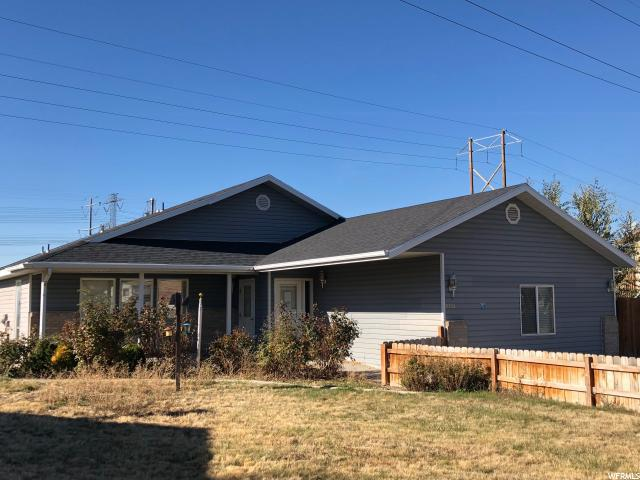 2221 S 100 W, Clearfield, UT 84015 (#1567198) :: Colemere Realty Associates