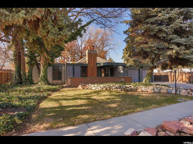 4048 S 2400 W, West Valley City, UT 84119 (#1567886) :: Exit Realty Success