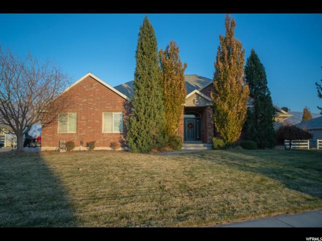 2033 S 25 W, Kaysville, UT 84037 (#1568892) :: Keller Williams Legacy