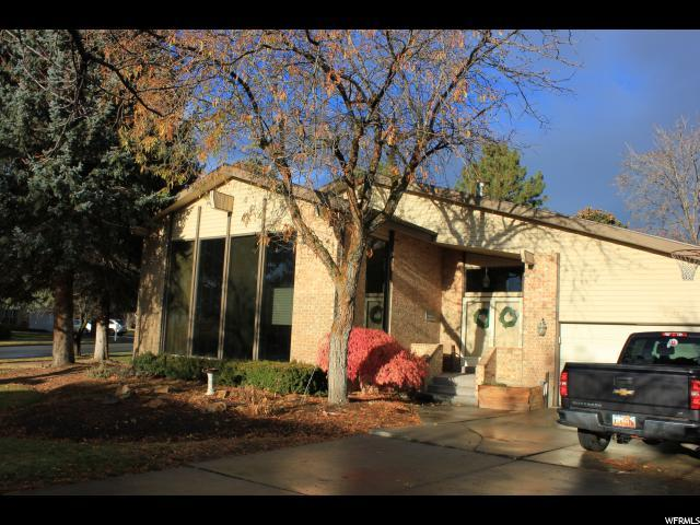 8167 S Scandia Way E, Cottonwood Heights, UT 84093 (#1569842) :: The One Group