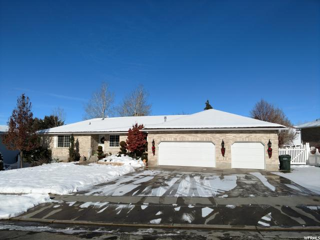 817 E Clifford Dr S, Tooele, UT 84074 (#1571415) :: Red Sign Team