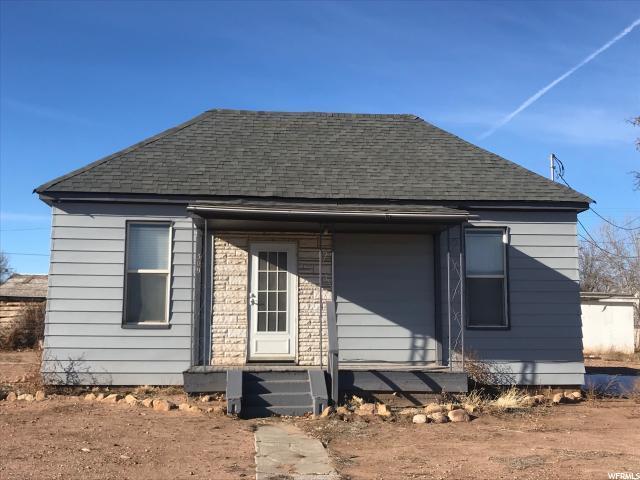 309 N 100 E, Roosevelt, UT 84066 (#1571449) :: Bustos Real Estate   Keller Williams Utah Realtors