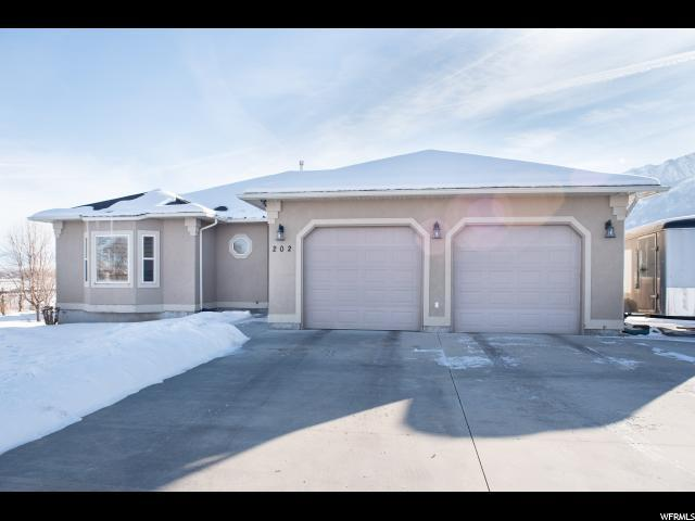 202 E 250 S, Mendon, UT 84325 (MLS #1571814) :: Lawson Real Estate Team - Engel & Völkers
