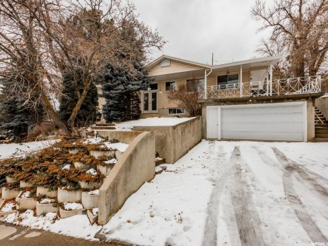 2577 E Nantucket Dr, Cottonwood Heights, UT 84121 (#1574531) :: The One Group