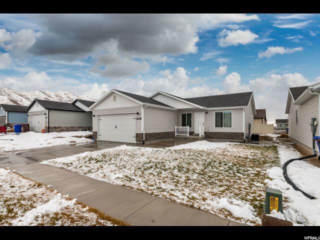 2408 E Jim Bridger Dr, Eagle Mountain, UT 84005 (#1576069) :: Big Key Real Estate