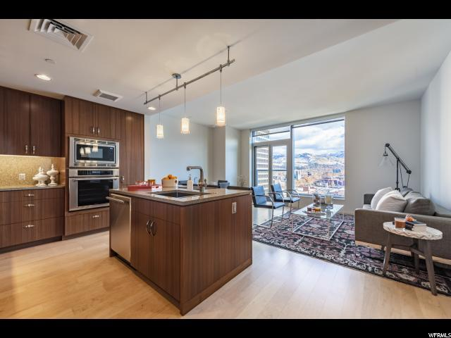 35 E 100 St S #1803, Salt Lake City, UT 84111 (#1576167) :: The Utah Homes Team with iPro Realty Network