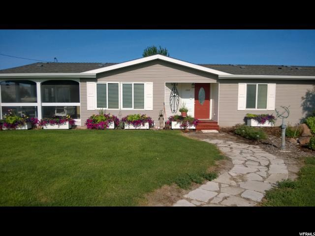 7215 N 7200 W, Tremonton, UT 84337 (#1578619) :: Colemere Realty Associates