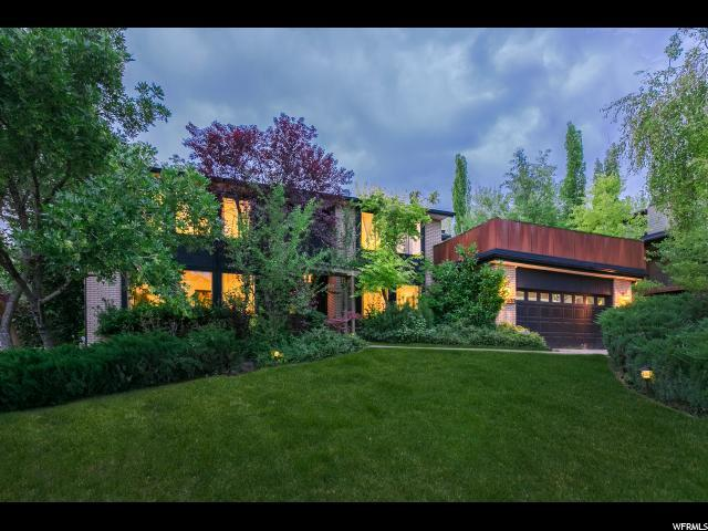 1533 E Federal Heights Dr, Salt Lake City, UT 84103 (#1579744) :: Colemere Realty Associates