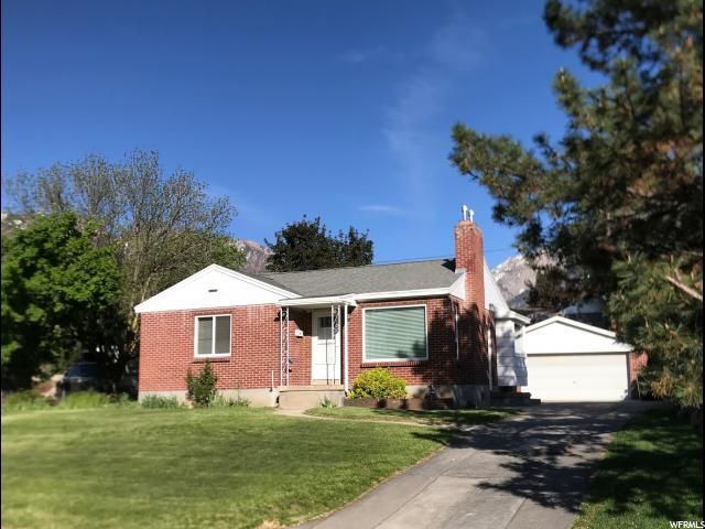 6261 S Meadowcrest Rd, Holladay, UT 84121 (#1586012) :: goBE Realty
