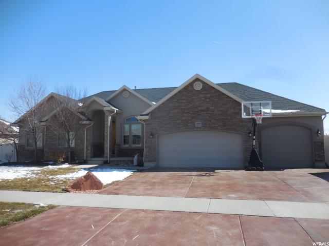 12049 S Park Haven Ln, Riverton, UT 84096 (#1586708) :: Colemere Realty Associates