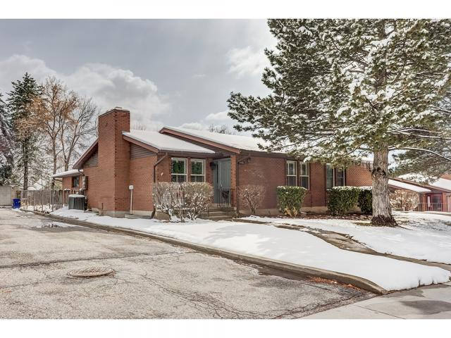 2406 E 4500 S, Holladay, UT 84117 (#1586736) :: Colemere Realty Associates