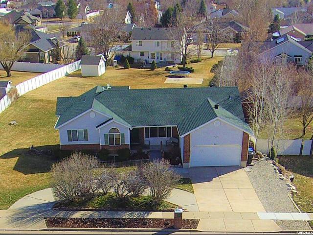 313 W 3100 N, Pleasant View, UT 84414 (#1586883) :: Bustos Real Estate | Keller Williams Utah Realtors