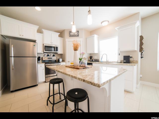 3803 E Cunninghill Dr, Eagle Mountain, UT 84005 (#1588061) :: Bustos Real Estate | Keller Williams Utah Realtors