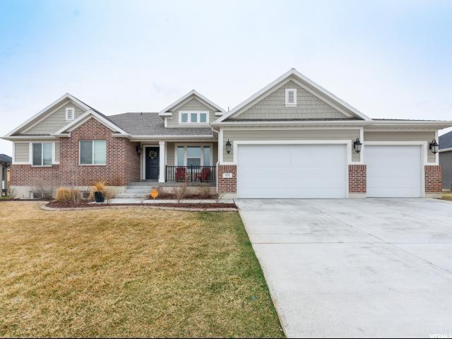 574 S 1700 W, Layton, UT 84041 (#1588363) :: The Canovo Group