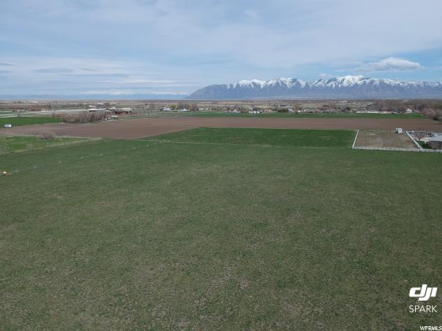 265 N Cooley, Grantsville, UT 84029 (#1590628) :: Colemere Realty Associates