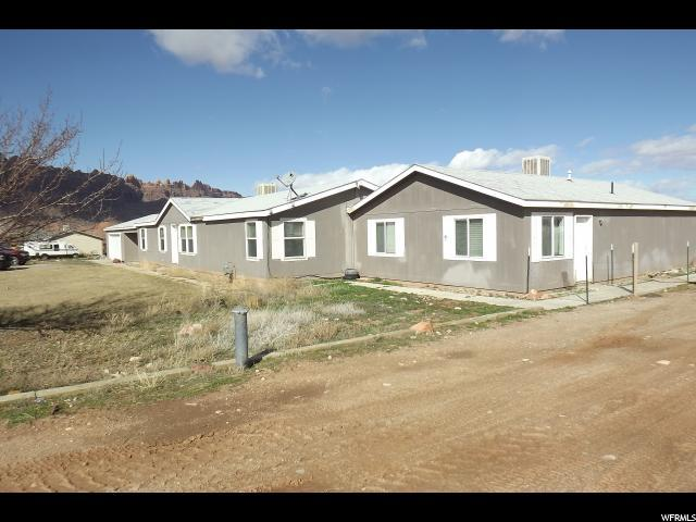 32 W . MT PEALE Dr, Moab, UT 84532 (MLS #1592593) :: High Country Properties