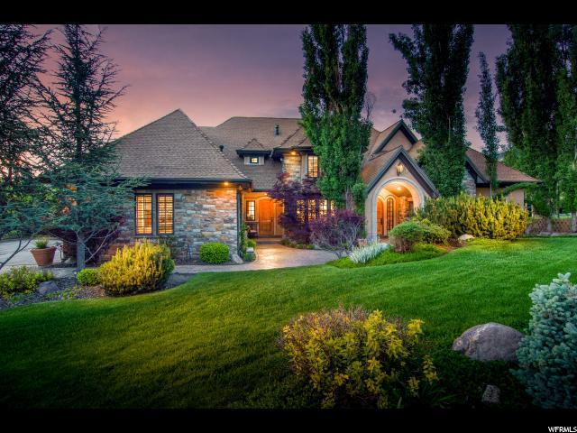 89 E Lone Hollow Dr S, Sandy, UT 84092 (#1595381) :: Red Sign Team