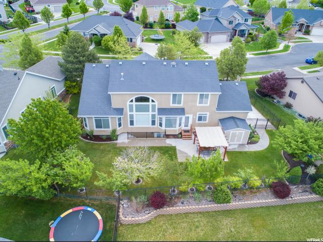 10679 N Congressional, Cedar Hills, UT 84062 (#1603087) :: The Canovo Group