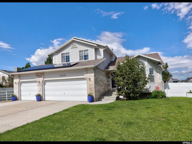 12052 S Hawes Cir, Riverton, UT 84065 (MLS #1605983) :: Lawson Real Estate Team - Engel & Völkers