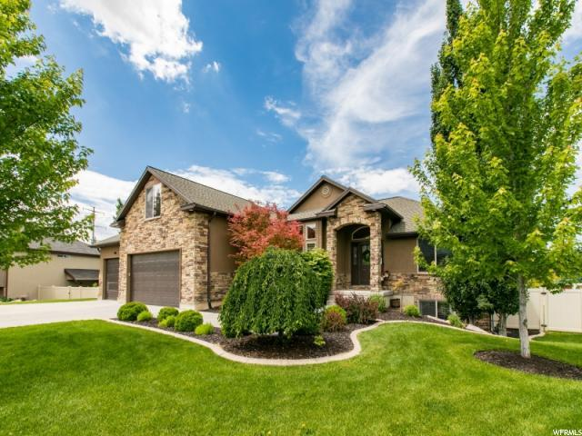 908 S View Crest Ln, Kaysville, UT 84037 (#1608947) :: Doxey Real Estate Group