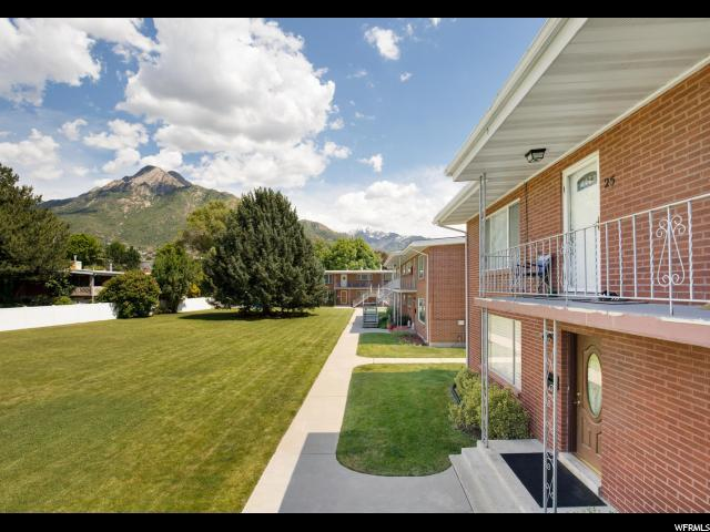2260 E Murray Holladay Rd S #26, Holladay, UT 84117 (#1609653) :: Colemere Realty Associates