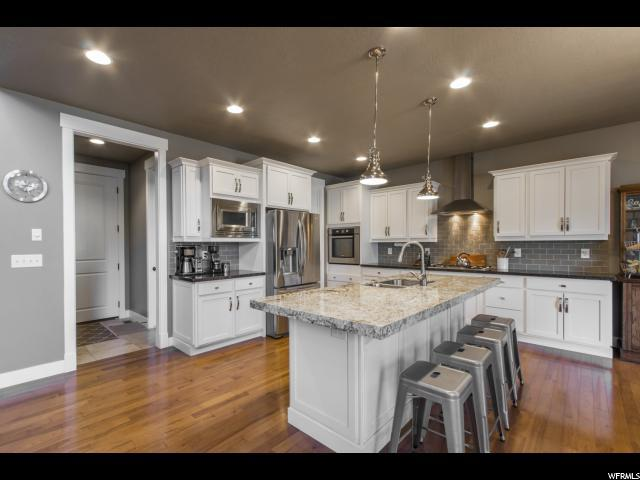 395 E Saddle Dr, Midway, UT 84049 (MLS #1615367) :: High Country Properties