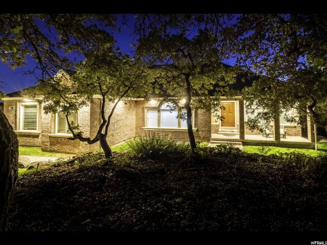 215 N Bald Mountain Dr E, Alpine, UT 84004 (#1623056) :: The Canovo Group
