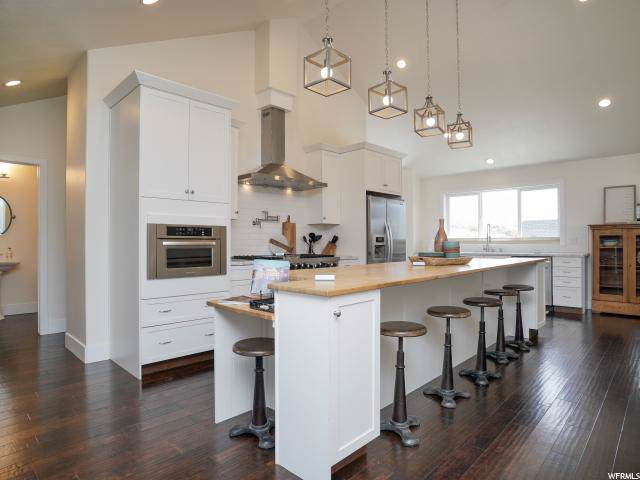 6418 N Willow Creek Rd, Mountain Green, UT 84050 (#1634837) :: Doxey Real Estate Group