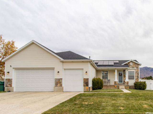 1462 N 225 E, Layton, UT 84041 (#1636773) :: The Fields Team