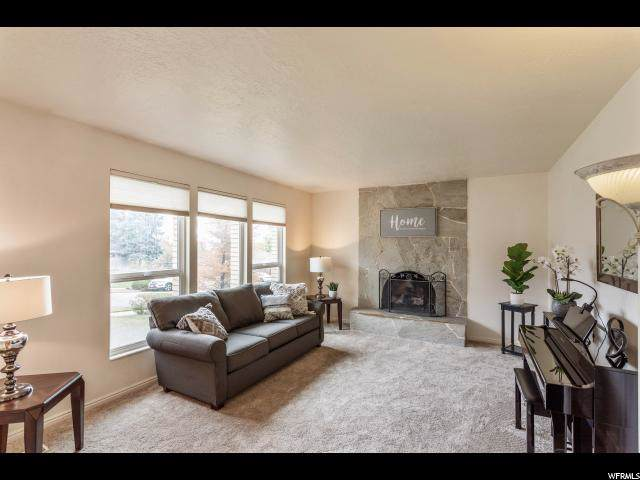 1643 E Jost Rd S, Fruit Heights, UT 84037 (#1638399) :: Colemere Realty Associates