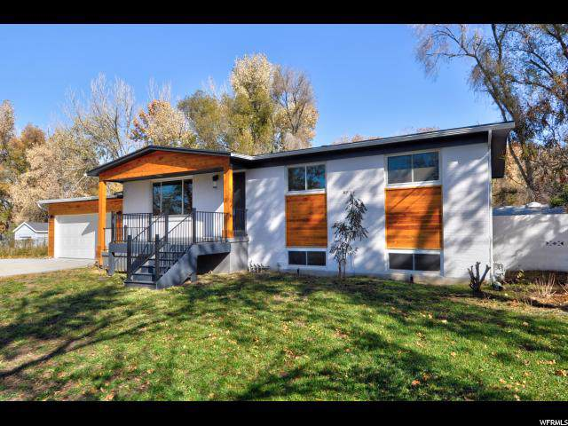 4815 S Yorktown Dr E, Holladay, UT 84117 (#1641308) :: goBE Realty