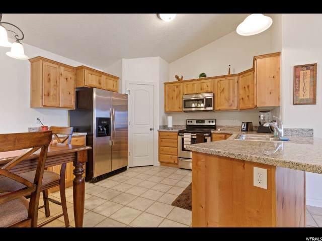 378 S 2150 W #302, Pleasant Grove, UT 84062 (#1642863) :: Big Key Real Estate