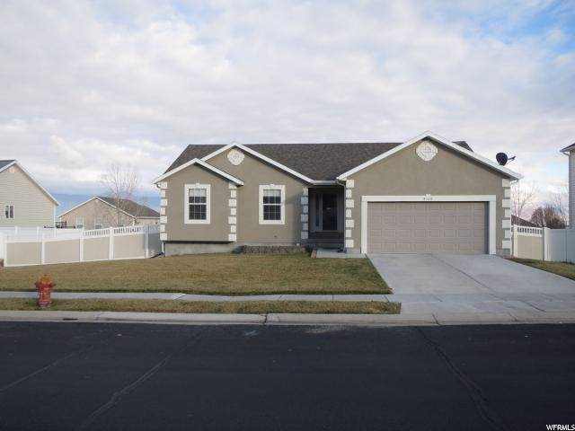 4068 S Mountain Moon Dr, Saratoga Springs, UT 84045 (#1643452) :: Colemere Realty Associates