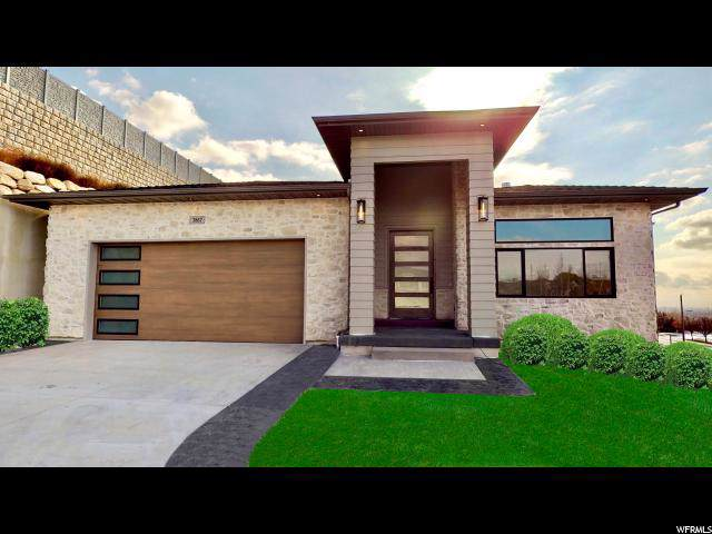 3867 W Hunters Ct, Cedar Hills, UT 84062 (#1643938) :: The Canovo Group
