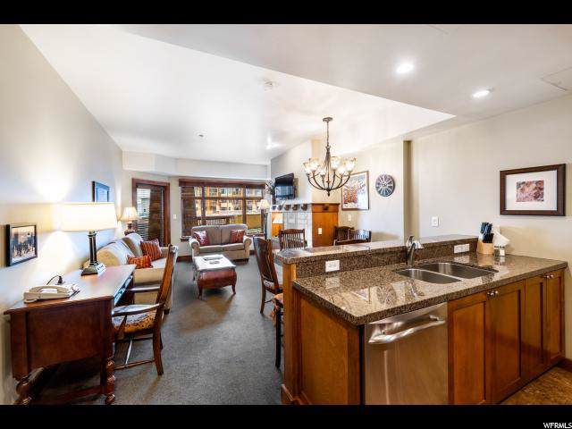 3720 N Sundial Ct B216, Park City, UT 84098 (#1644137) :: Red Sign Team