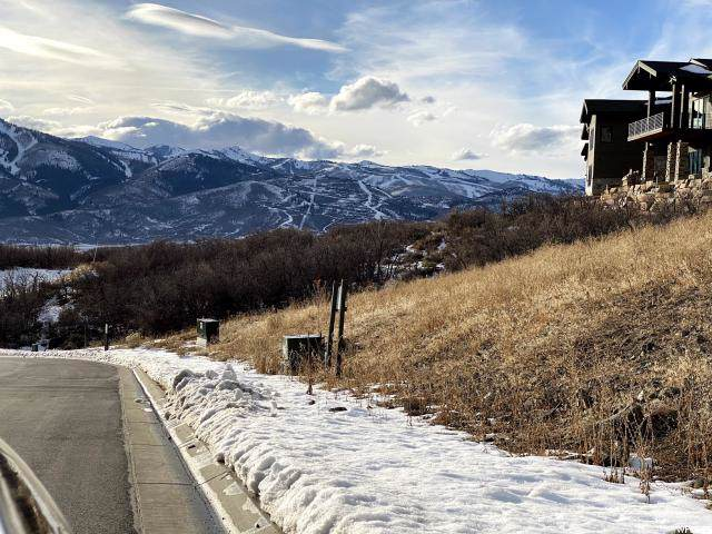 11383 N Soaring Hawk Ln, Hideout, UT 84036 (MLS #1645229) :: High Country Properties