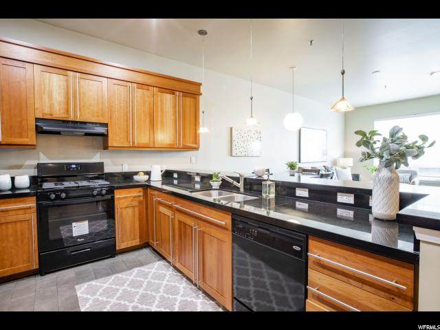 350 S 200 E #603, Salt Lake City, UT 84111 (#1652225) :: Colemere Realty Associates