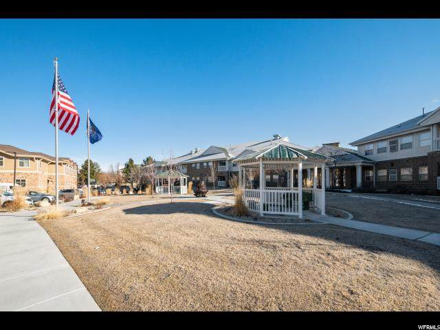 11075 S Grape Arbor Pl E #204, Sandy, UT 84070 (#1654814) :: RE/MAX Equity
