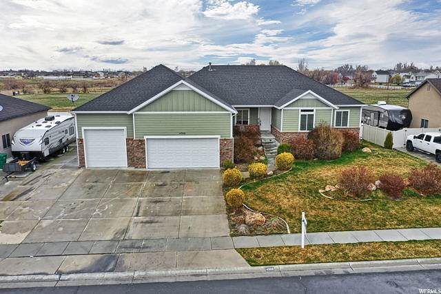4368 W 5700 S, Hooper, UT 84315 (#1662679) :: Doxey Real Estate Group