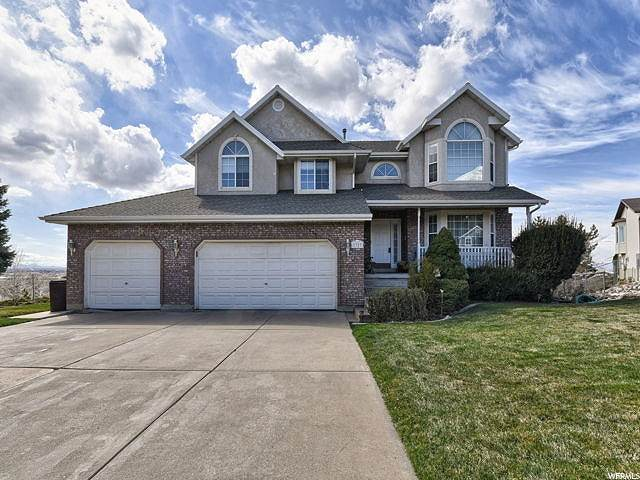 1327 W Pine Cir, Pleasant View, UT 84414 (#1663597) :: REALTY ONE GROUP ARETE