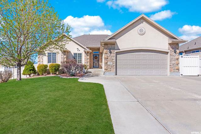 2188 S 275 E, Clearfield, UT 84015 (#1665850) :: Red Sign Team