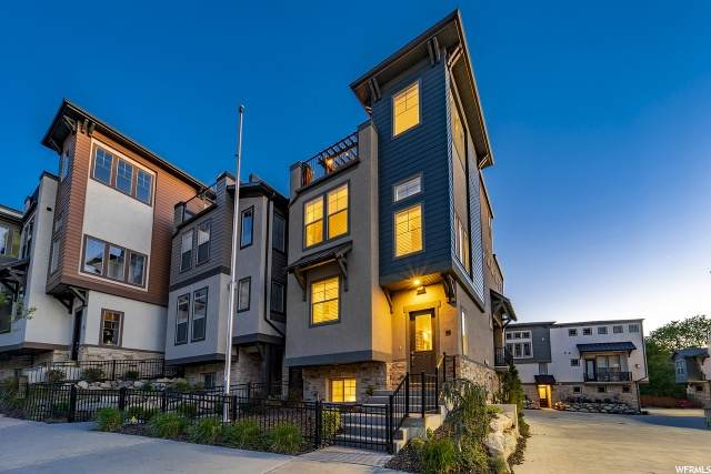 7392 S Canyon Centre Pkwy E #1, Cottonwood Heights, UT 84121 (#1672485) :: goBE Realty