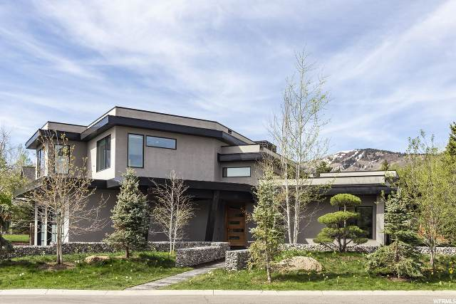 2547 Holiday Ranch Loop, Park City, UT 84060 (#1673316) :: Red Sign Team