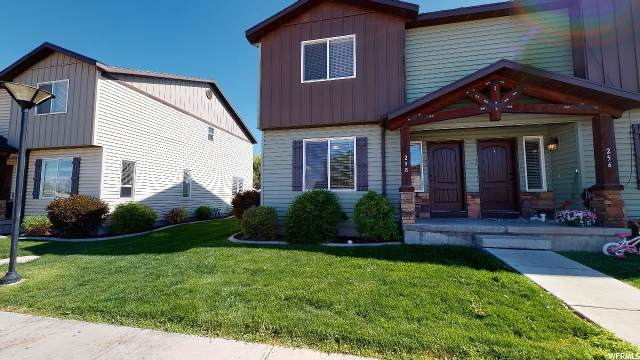 258 E 500 N, Roosevelt, UT 84066 (#1673941) :: Big Key Real Estate
